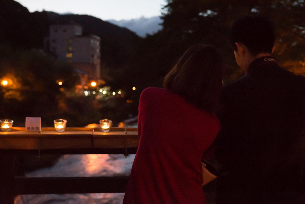長門湯本温泉 音信川と橋の夜